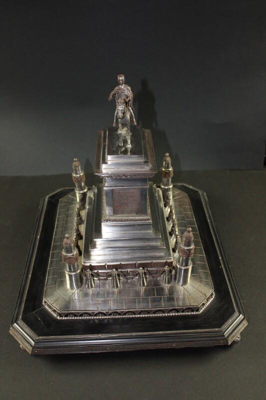 Stahlmodell der Reiterstatue von Kaiser Joseph II. auf dem Josefsplatz in Wien