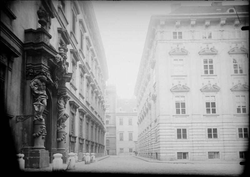 Wien I., Minoritenplatz