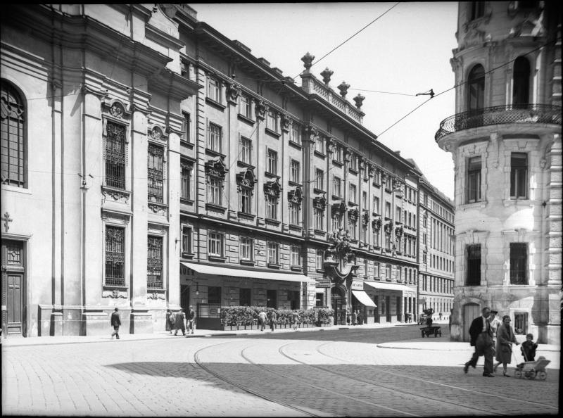 Wien 9, Schwarzspanierstraße 15