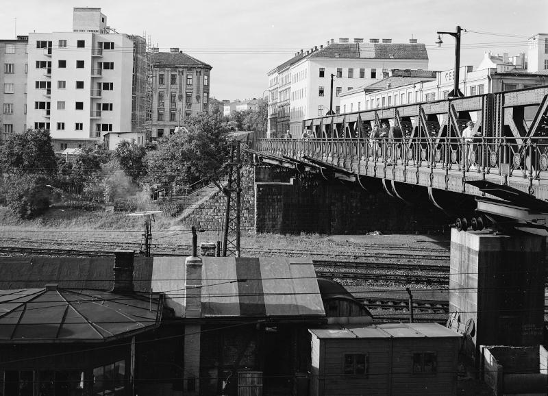 Wien 14, Ameisbrücke