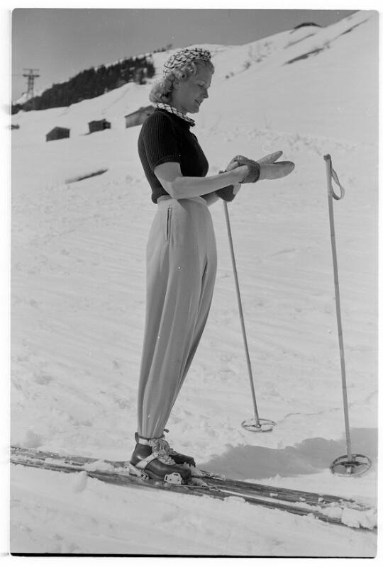 Dame auf Ski
