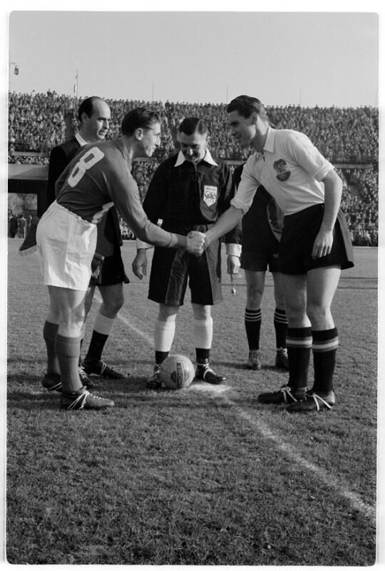 Fußball Österreich - Frankreich 1:2