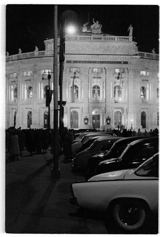 Wiedereröffnung des Burgtheaters