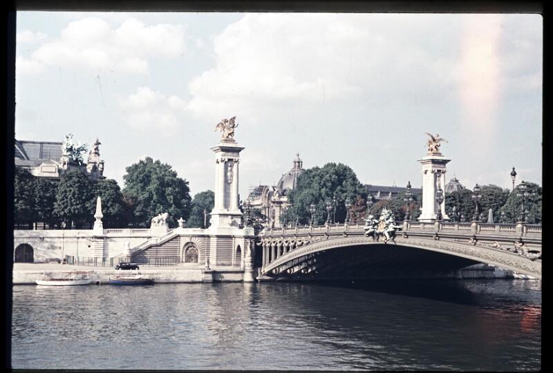 Paris, Alexanderbrücke