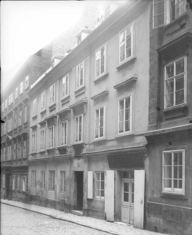 Wien 7, Mechitaristengasse 5