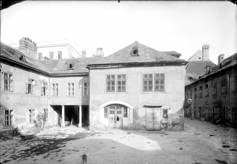 Wien 7, Neubaugasse 64/66