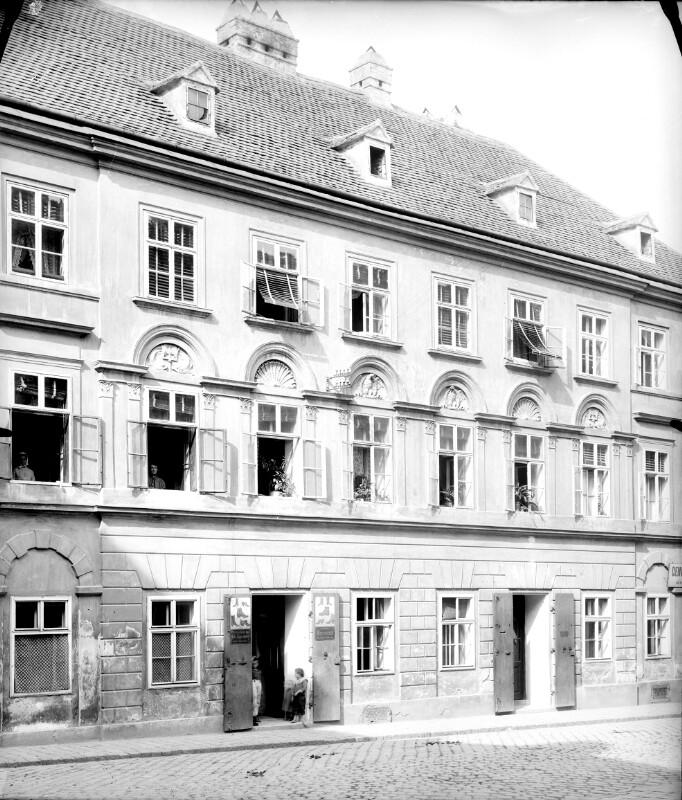 Wien 7, Hermanngasse 27