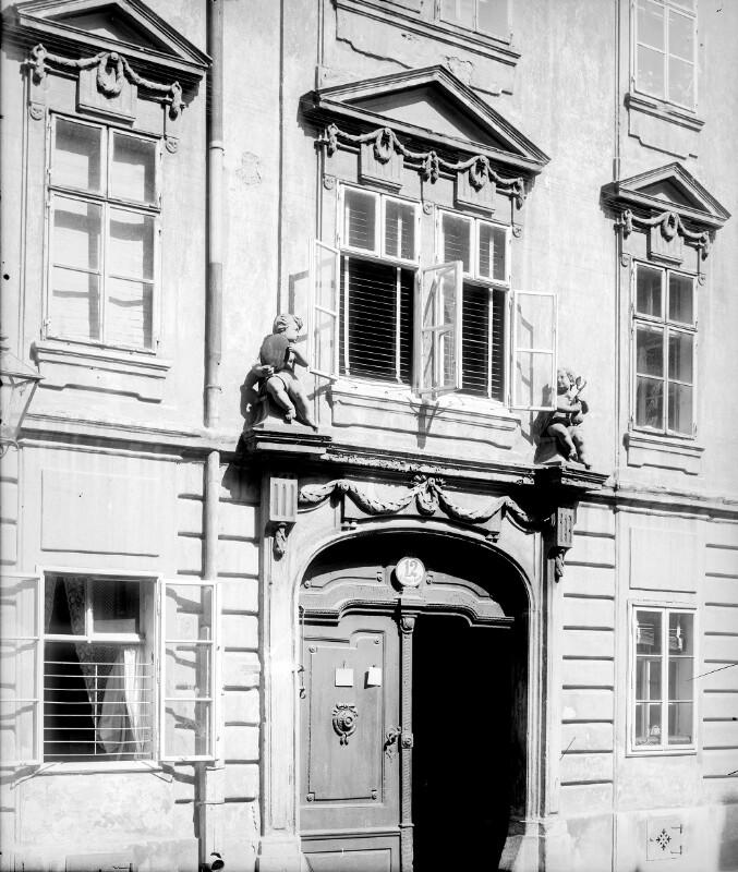 Wien 8, Neudeggergasse 12
