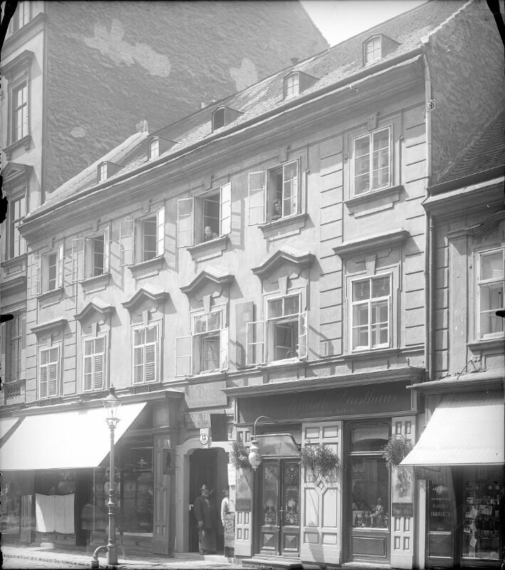 Wien 7, Kirchengasse 13