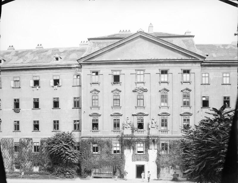 Wien 7, Stiftskaserne