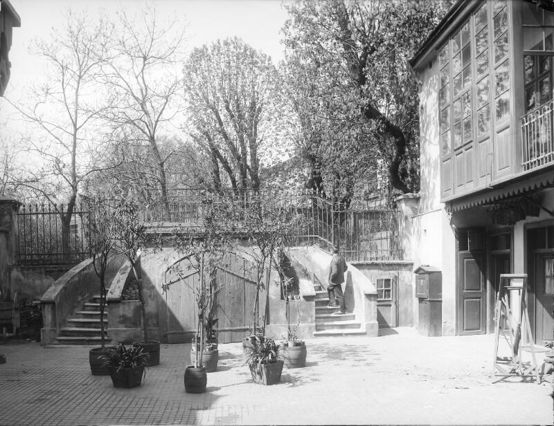 Wien 19, Döblinger Hauptstraße 33