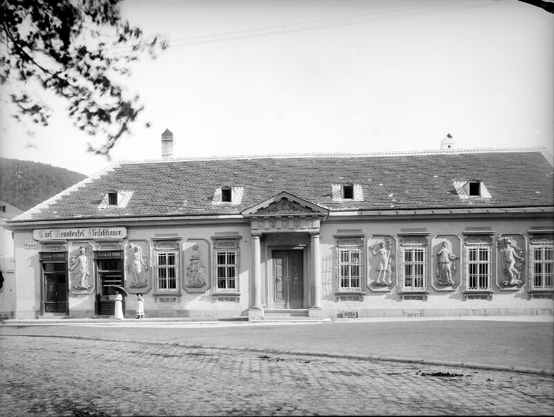 Purkersdorf, Hauptplatz 4