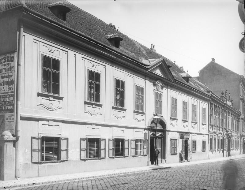 Wien 18, Gentzgasse 10