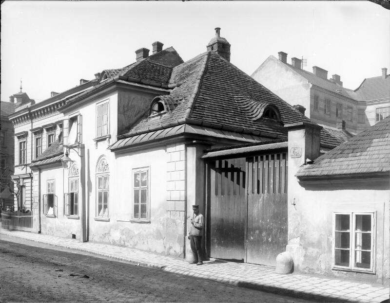 Wien 11, Dorfgasse 60