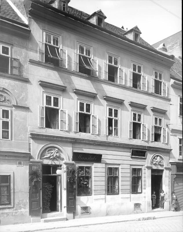Wien 7, Burggasse 64