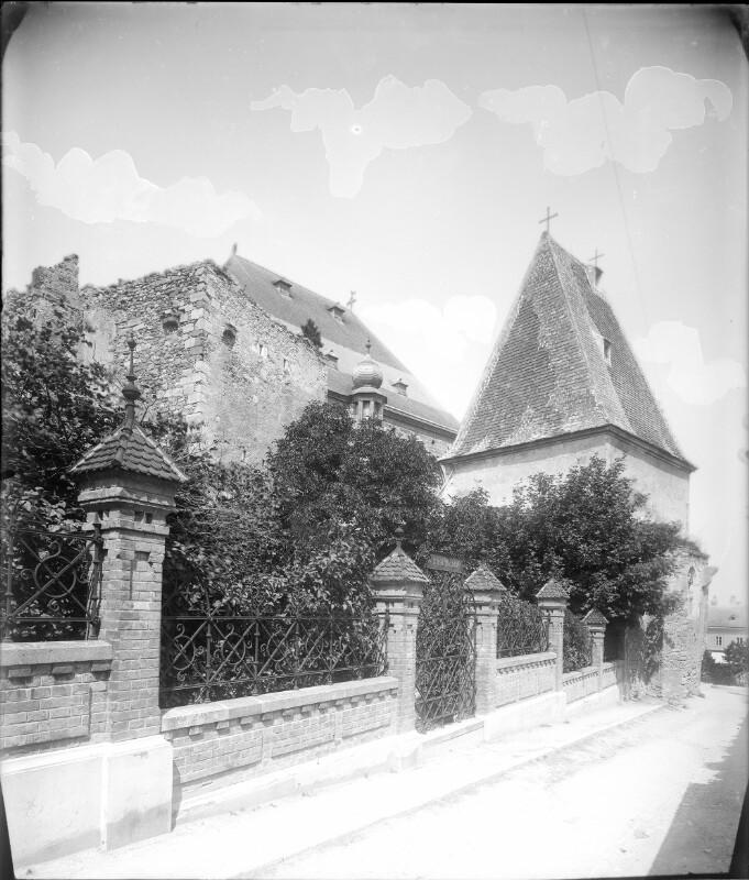 Perchtoldsdorf, Hyrtlgasse