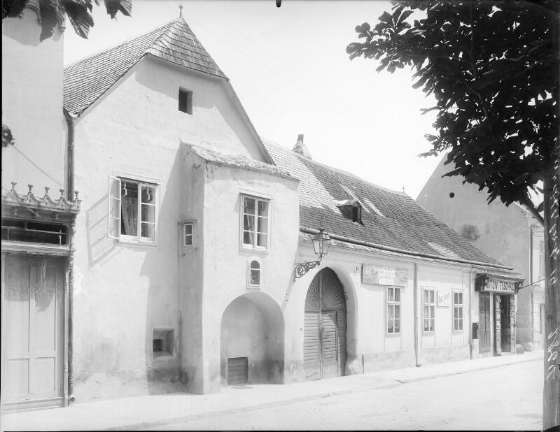 Perchtoldsdorf, Marktplatz 19