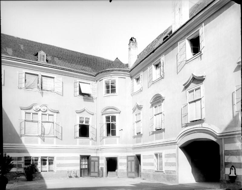 Perchtoldsdorf, Wienerstraße 17
