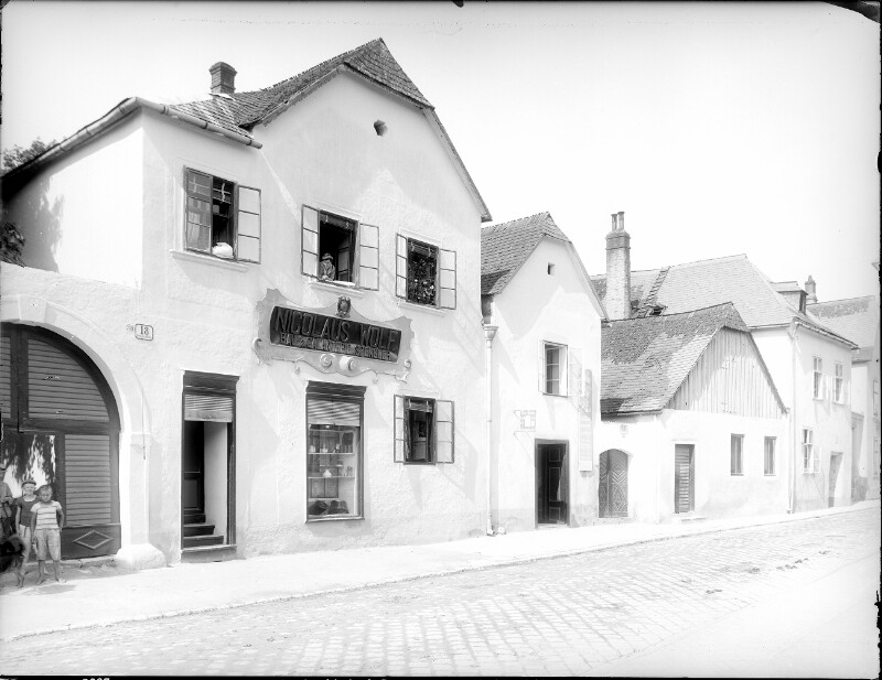 Perchtoldsdorf, Brunnergasse 18