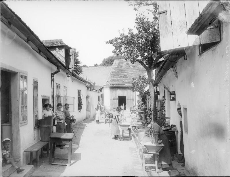 Mödling, Neusiedlerstraße 5