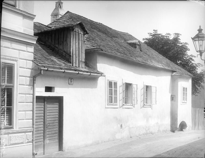 Mödling, Babenbergerstraße 15