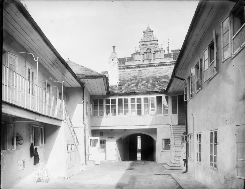 Mödling, Elisabethstraße 20