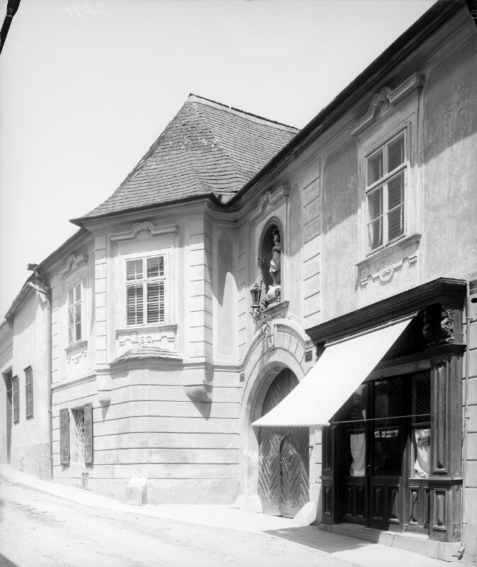 Klosterneuburg, Martinstraße 6