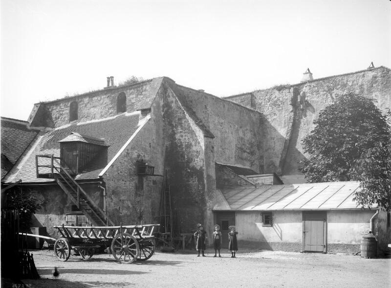 Klosterneuburg, Albrechtsberggasse