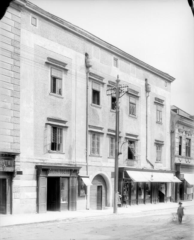 Klosterneuburg, Leopoldstraße 3