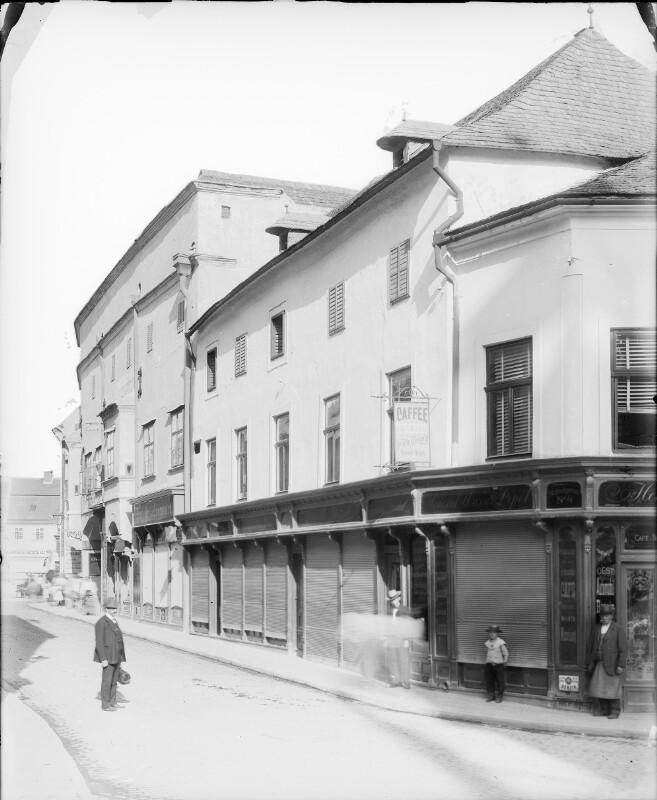 Mödling, Herzogstraße 1-3