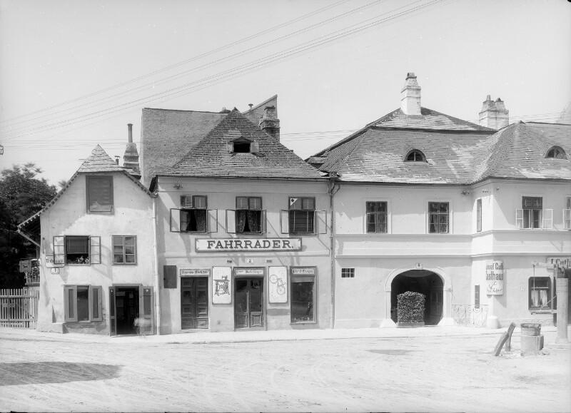 Klosterneuburg, Niedermarkt 1-3-5
