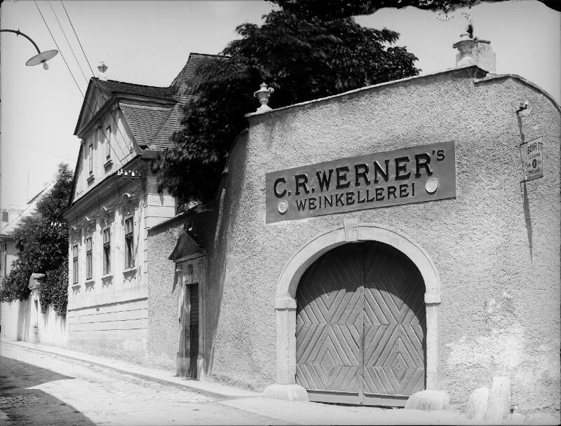 Klosterneuburg, Martinstraße 12