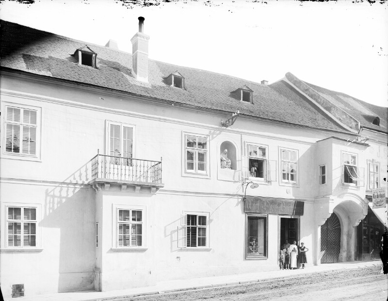 Klosterneuburg, Stadtplatz 26