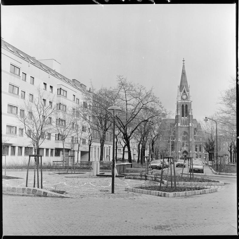 Wien 14, Breitenseerstraße 56