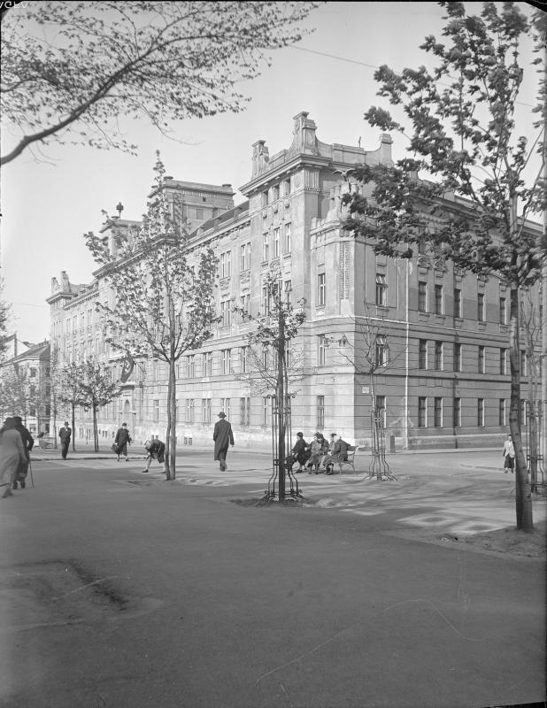 Wien 8, Hernalser Gürtel 6-12