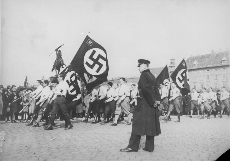 'Völkische Kundgebung' der Nationalsozialisten auf dem Wiener Heldenplatz