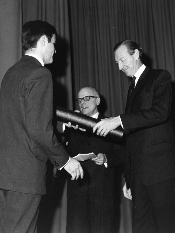 Abschlussfeier in der Diplomatischen Akademie