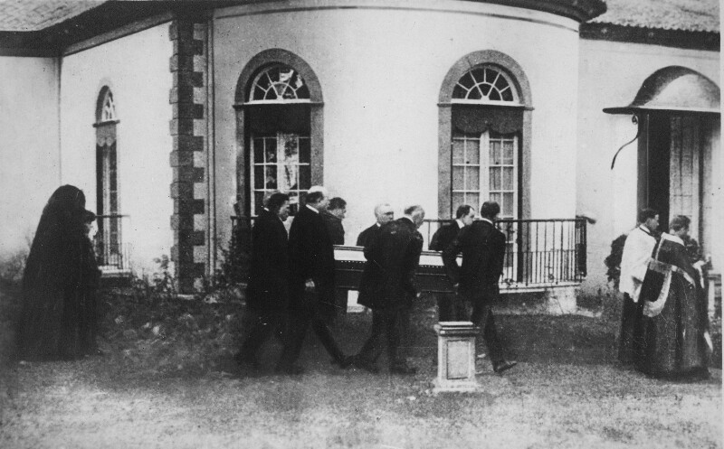 Der Leichzug von Kaiser Karl I. in Quinta do Monte auf Madeira
