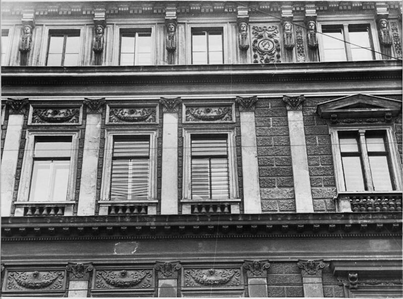 Die Arrestfenster der ehemaligen sowjetischen Kommandantur in Wien
