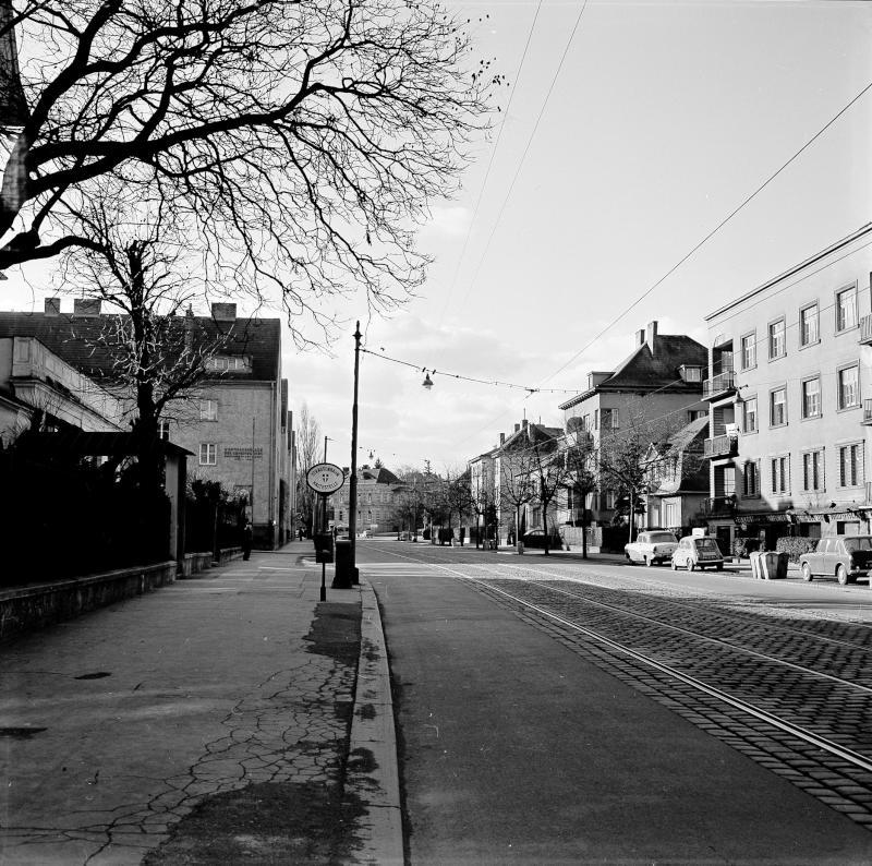 Wien 13, Lainzerstraße 82ff