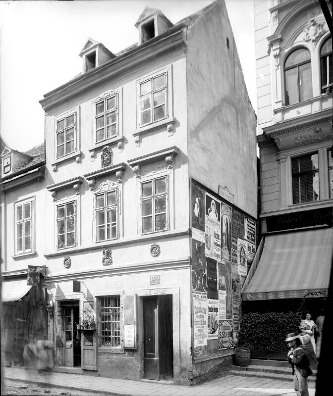 Wien 8, Lerchenfelderstraße 144