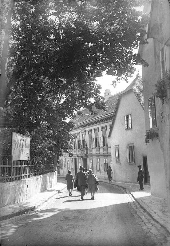 Wien 19, Cobenzlgasse
