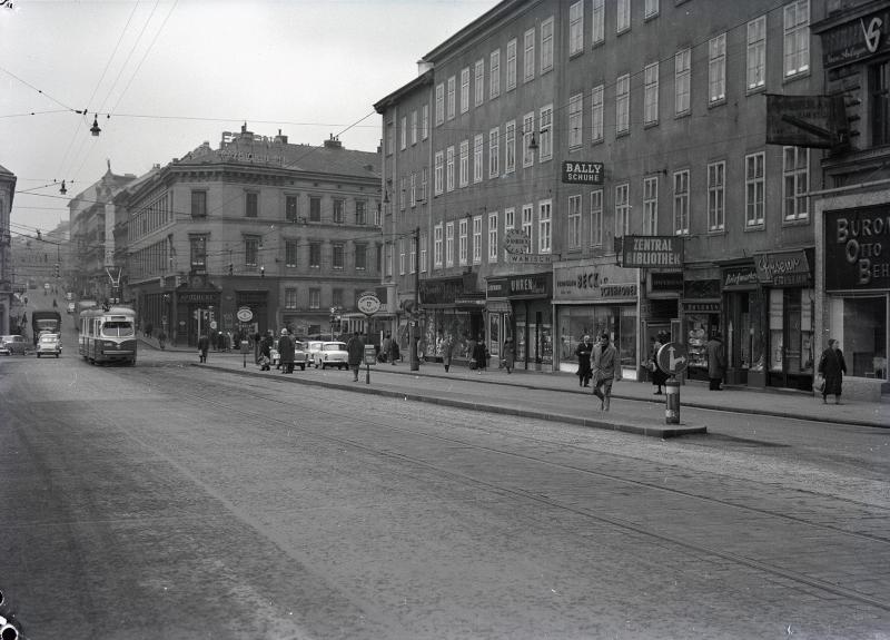 Wien 9, Währingerstraße 48ff