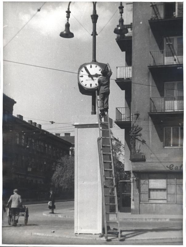 Straßenuhr in Wien