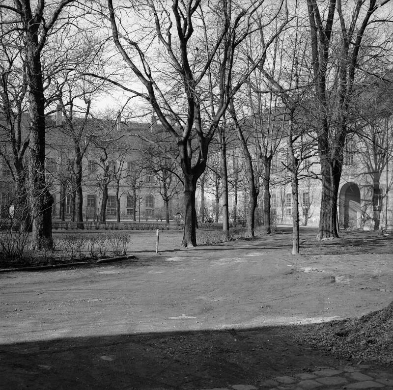 Wien 9, Garnisonsspital