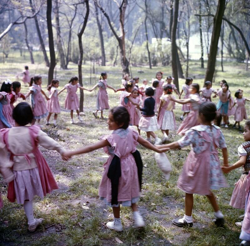 Tanzende Mädchen, Mexiko