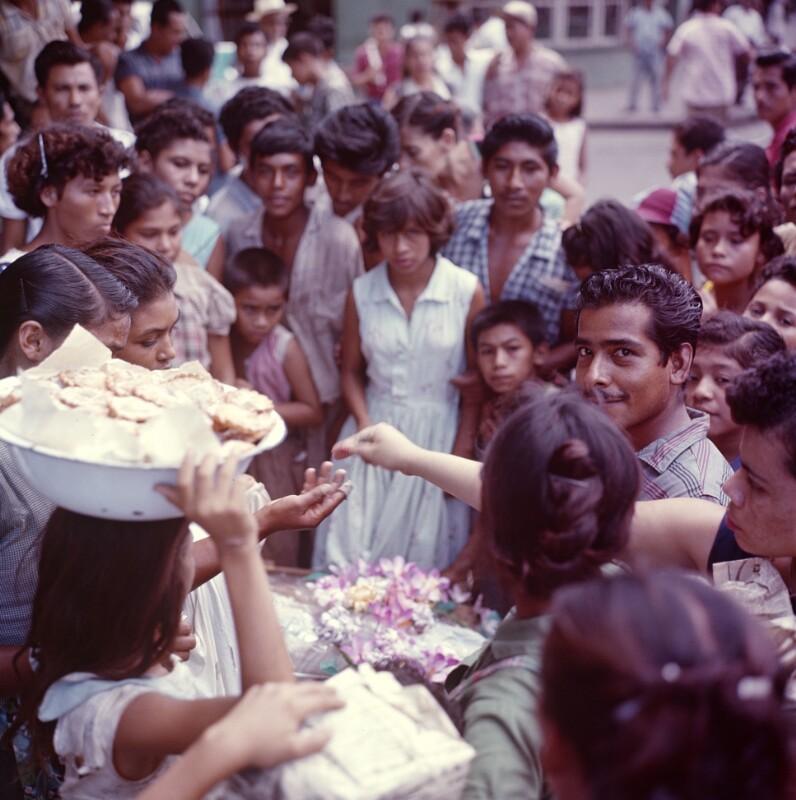 Verkauf von Essen bei einer Feier, Nicaragua
