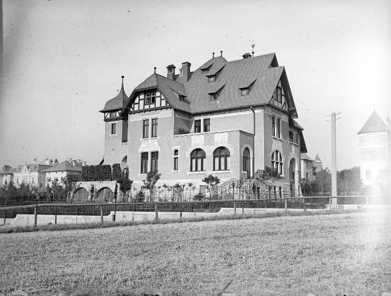 Wien 18, Gymnasiumstraße