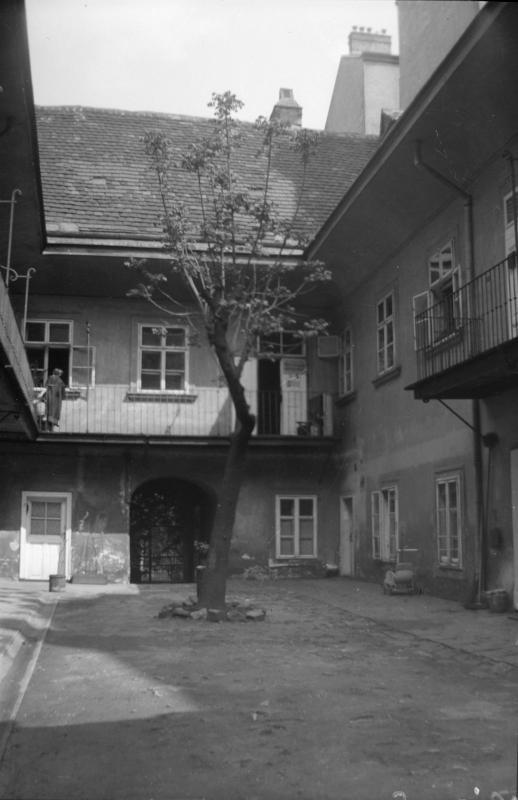 Wien 8, Lange Gasse 34