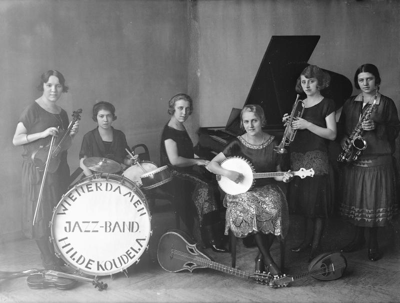 """Wiener Damen-Jazz-Band Hilde Koudela"""